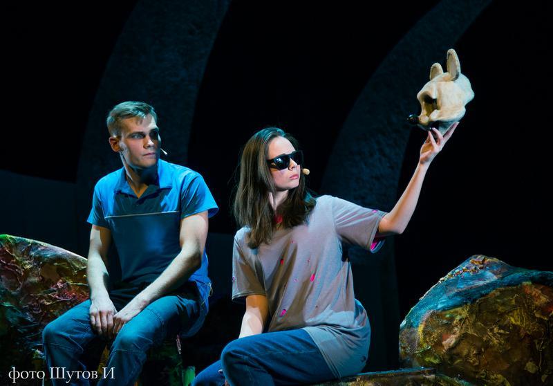 Игорь Шутов/ сайт Челябинского государственного драматического молодёжного театра/http://chelgmt.ru