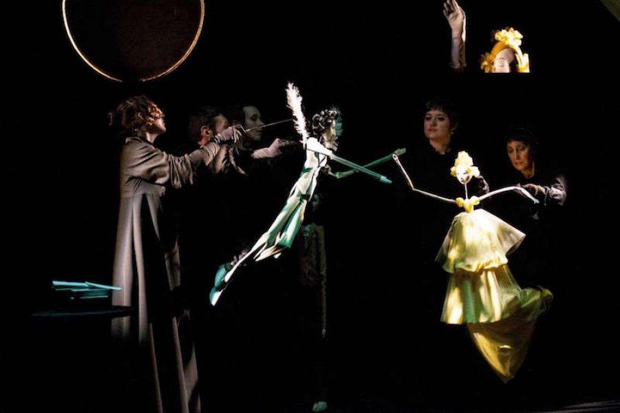 Спектакль «Евгений Онегин» / фото с сайта Алтайского государственного театра кукол
